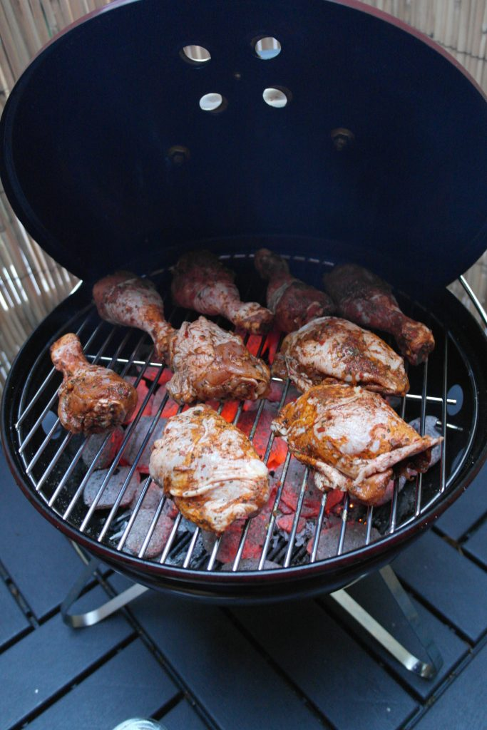 Weber Smokey Joe Premium Review - Cooking Space