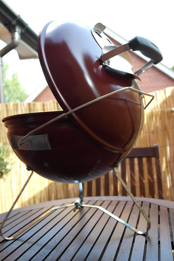 Weber Smokey Joe Premium Review - Lid Holder
